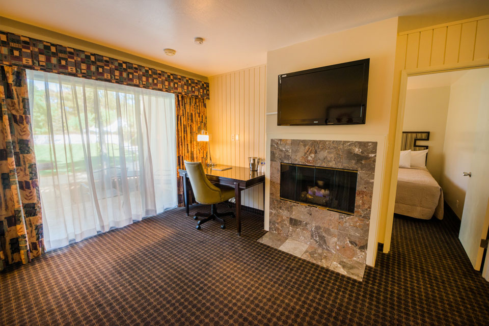 Garden View Two Double Bed Suite | Fireplace